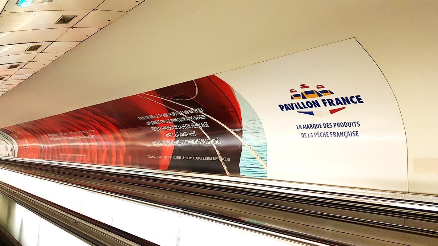 Pavillon France s'affiche à Montparnasse